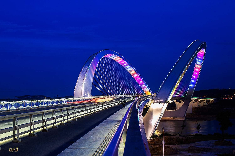 道路橋梁亮化工程